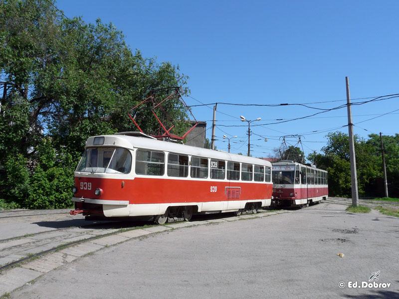 Донецк. Татра-Юг №3005, Tatra T3 №939