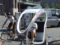 Хельсинки. Велорикша рядом с железнодорожным вокзалом