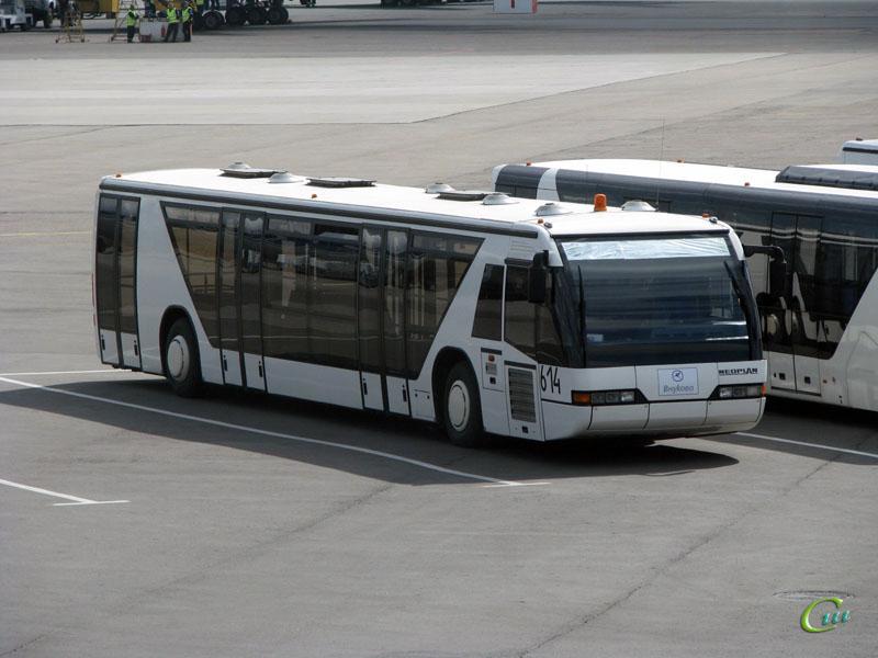 Москва. Neoplan N9112L №614