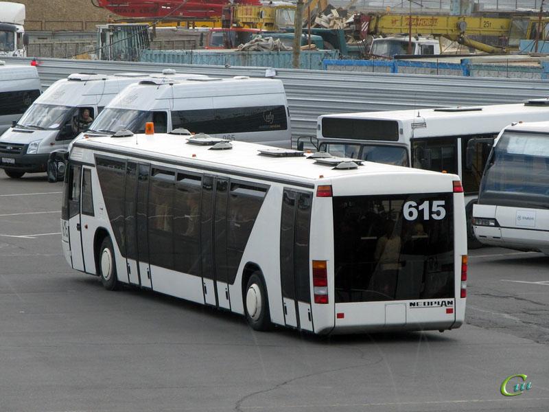 Москва. Neoplan N9112L №615