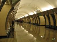 Москва. Первый день работы новой станции метро Марьина Роща