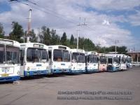 Ростов-на-Дону. Автобусы ООО Янтарь-1 на стоянке в депо