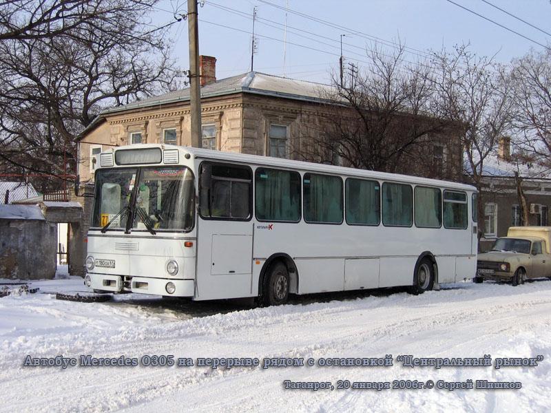 Таганрог. Mercedes O305 т180ох